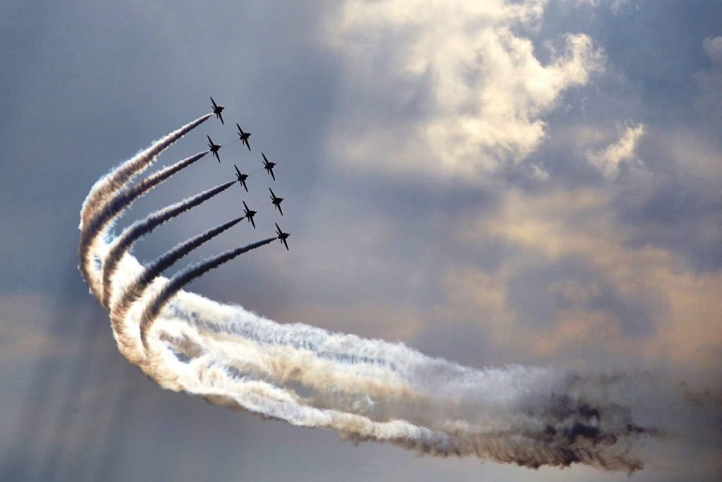 Top Gun - Red Arrows meets Silver Arrow as F1 Mercedes AMG driver Lewis Hamilton and David Coulthard take to the air
