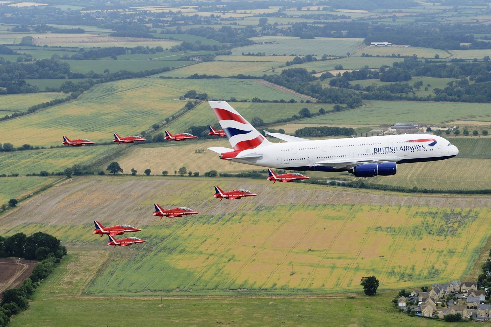british air ways Book flights to london, new york and many other international holiday destinations with british airways bacom offer flights, hotels, holidays, car rental and more.