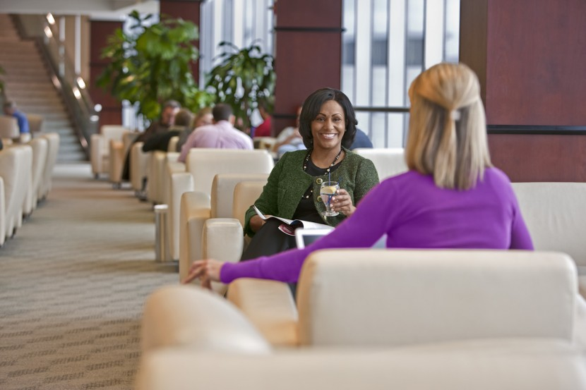 Cheers! United Club to offer more beers at US airport lounges