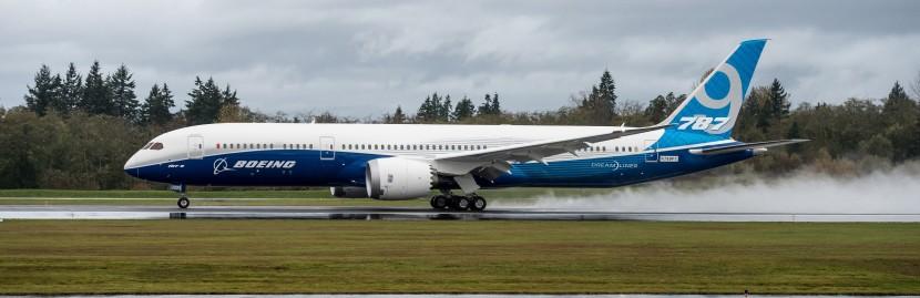 Second Boeing 787-9 Dreamliner makes first test flight