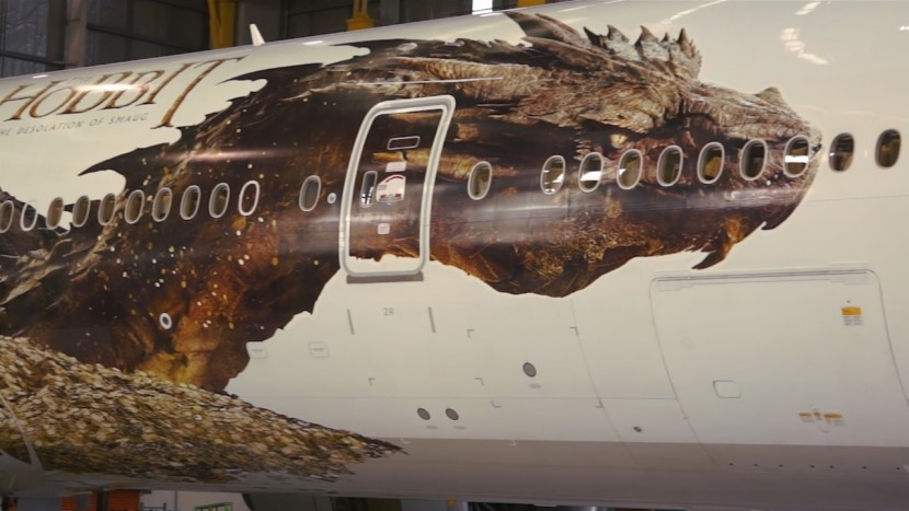 The Dragon Smaug flies with Air New Zealand for new Hobbit movie
