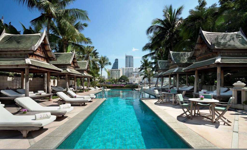 The Peninsula Bangkok Hotel Pool