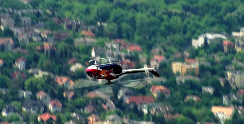 The Flying Bulls #FF Flying Fun – how good are these pilots!