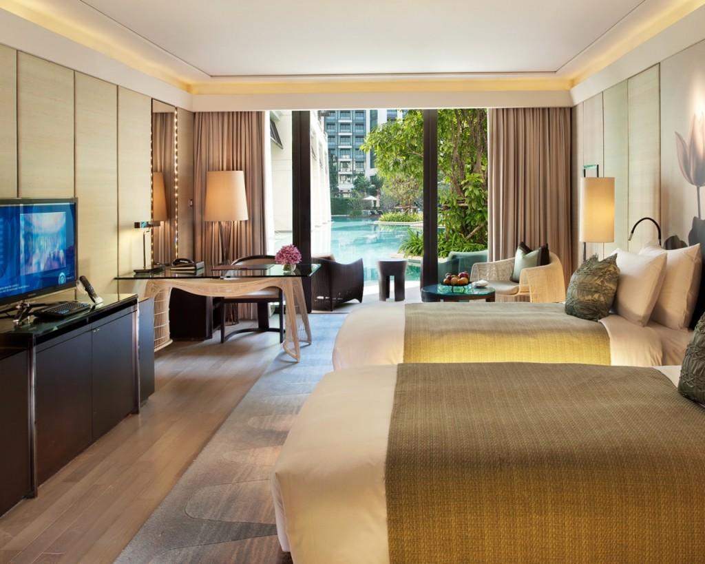 Siam Kempinski Hotel Bangkok Cabana Room
