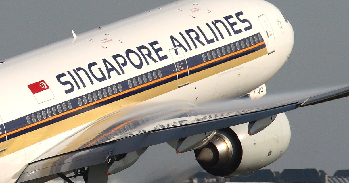 strategic review singapore airlines