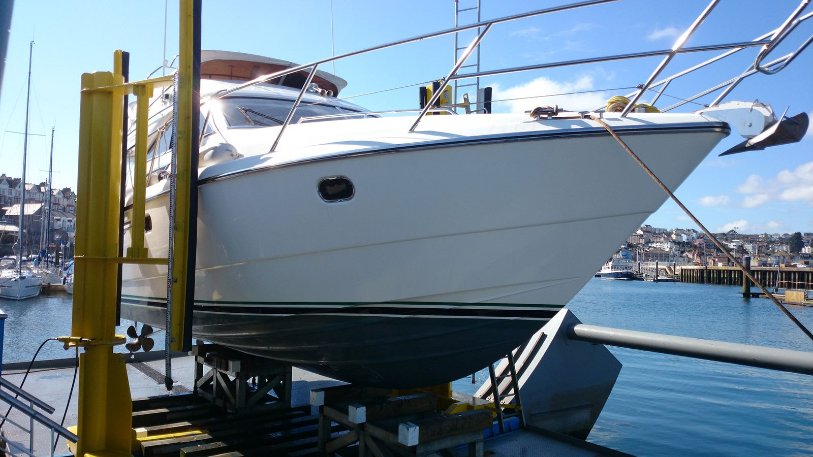 Princess 38 out of the water - Princess Yachts Flybridge 38 For Sale
