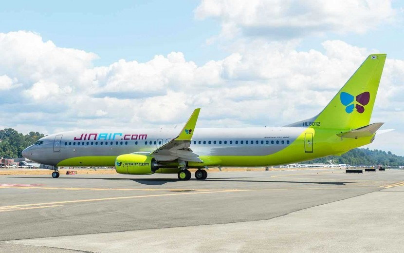 Jin Air collect their new Next-Generation 737-800 from Boeing