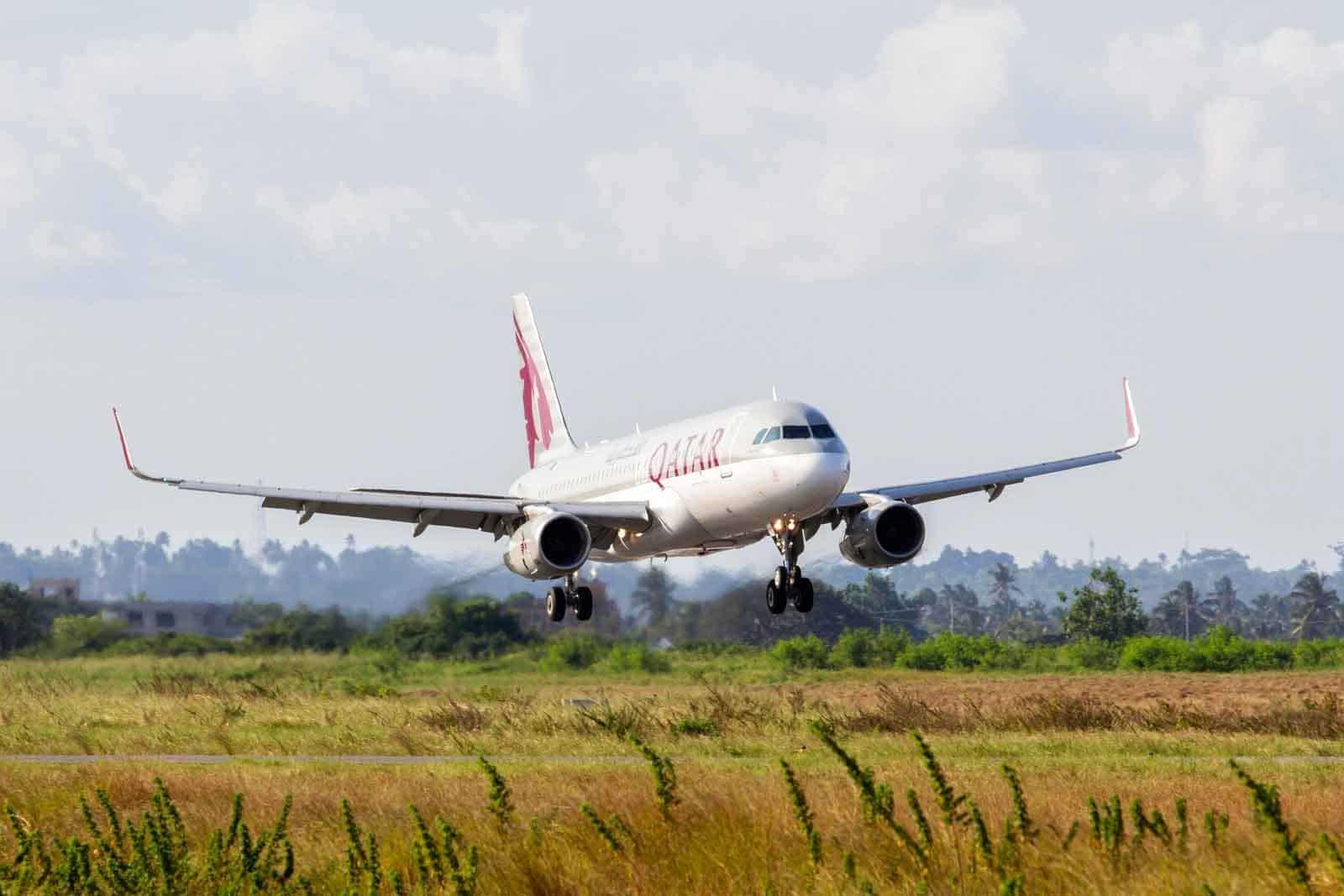 Qatar Airways A320 arrives at Zanzibar Airport