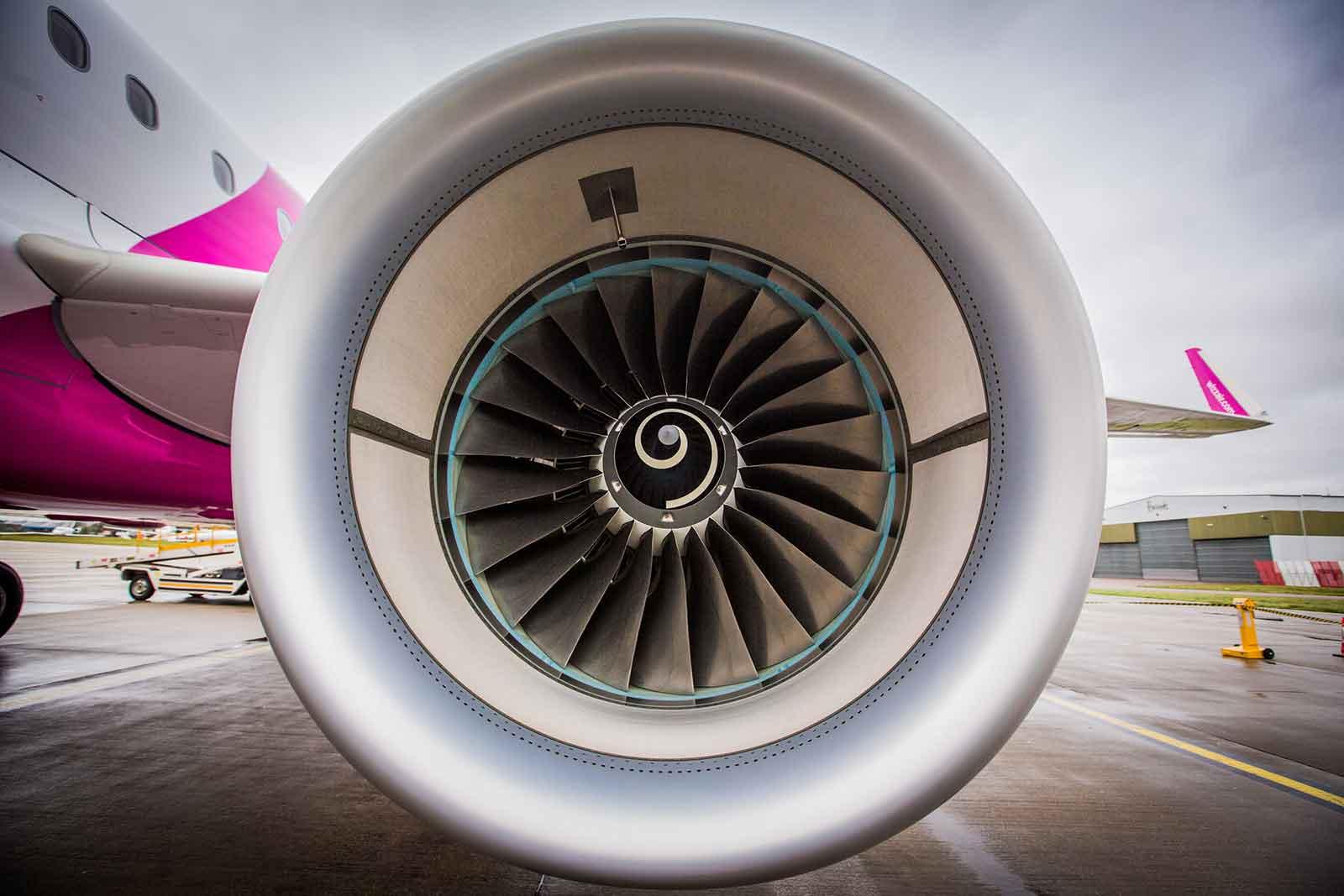 Wizz Air Airbus A321ceo Engine