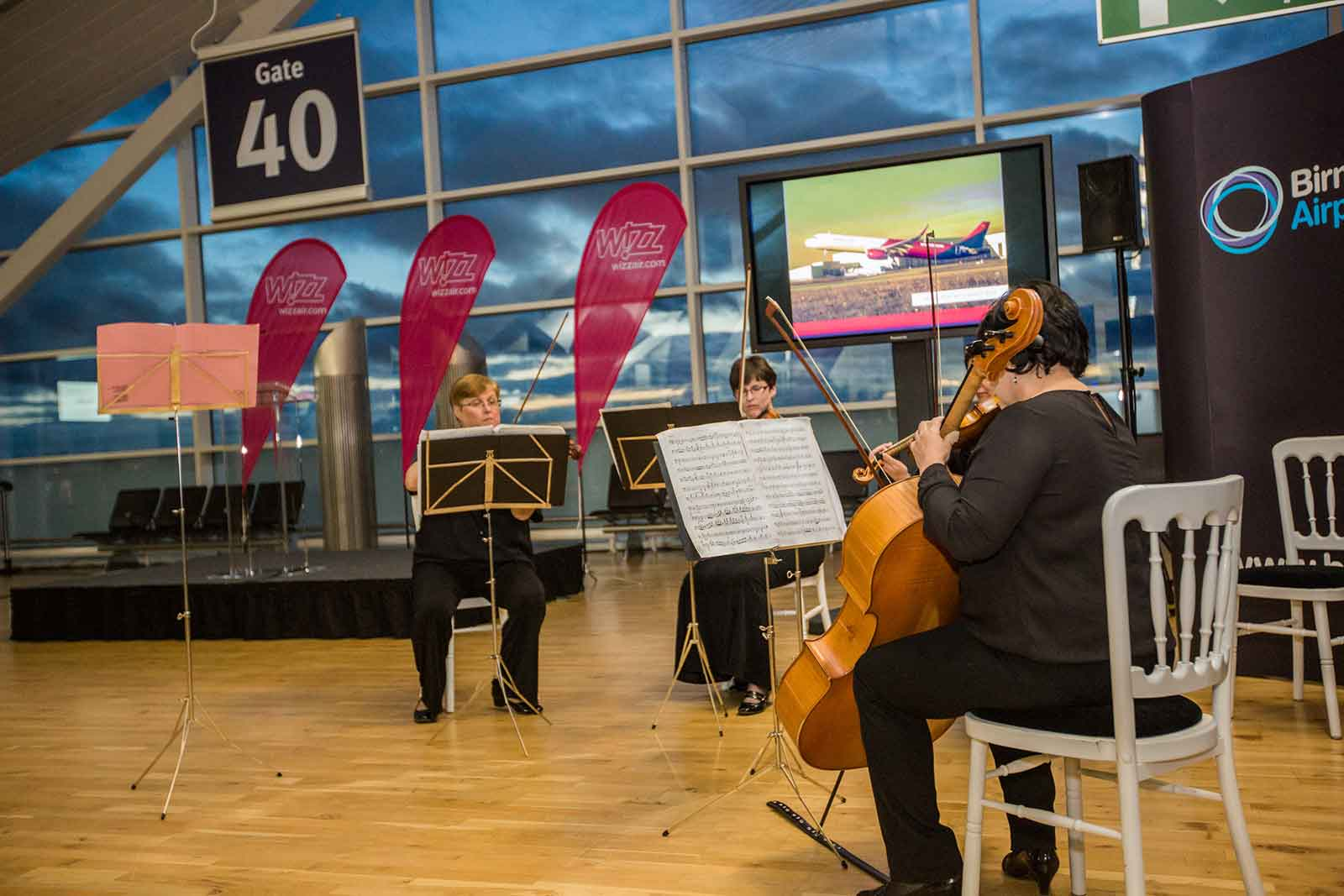 Wizz Air celebrate first new A321ceo Airbus