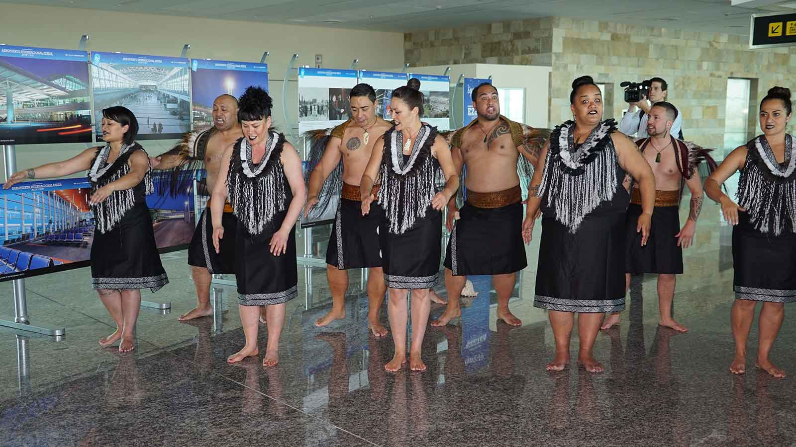 Kapa haka group welcome in Buenos Aires