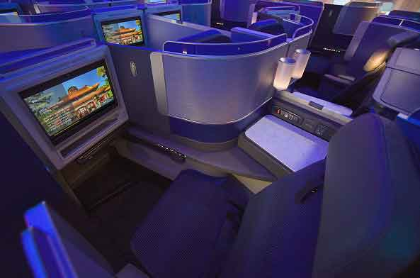 United Airlines Polaris Business Class Seat Boeing 777-300ER