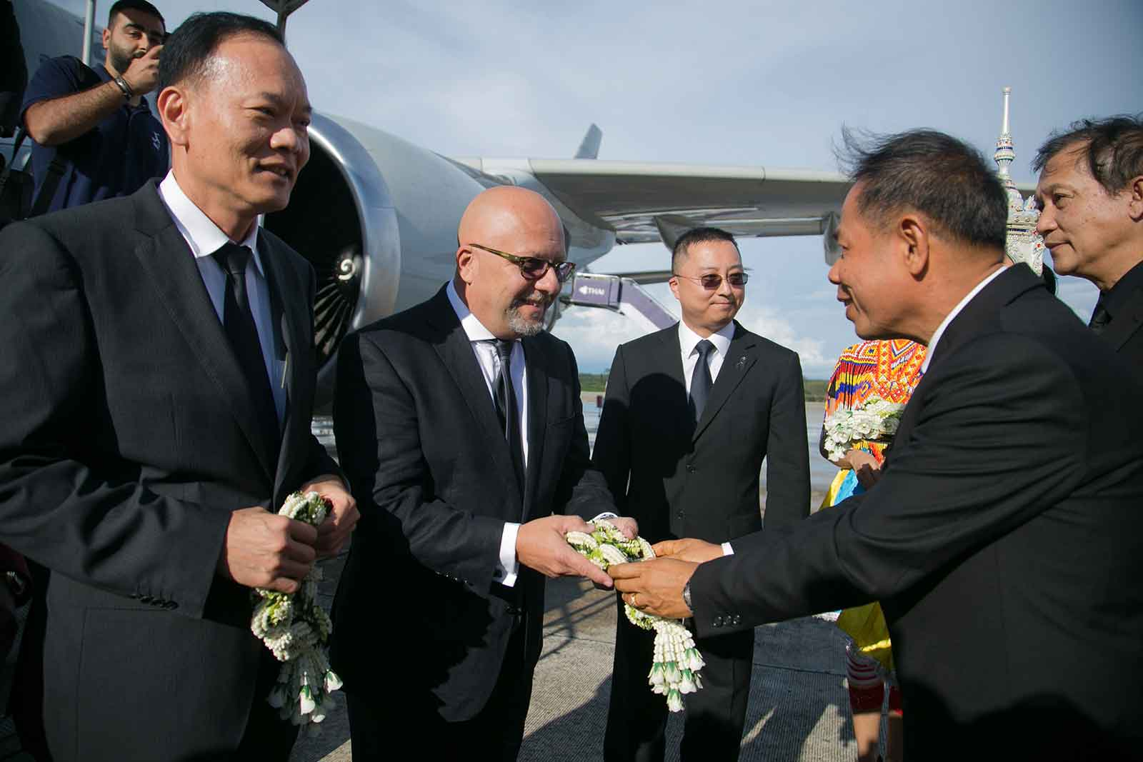 Mr Marwan Koleilat, SVP APAC, receiving a welcome garland from Mr. Nob Kongpun, Vice Governor of Krabi