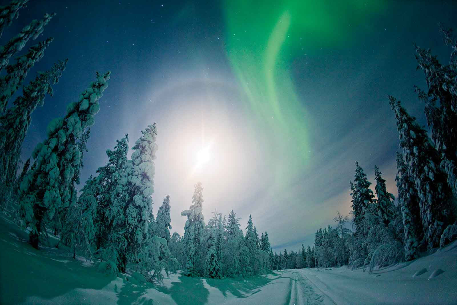See Northern Lights Aurora fly Finnair Lapland Flights