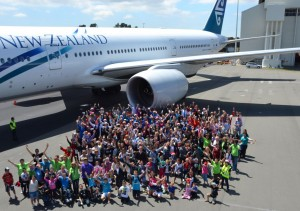 Air New Zealand create a Christmas 777 flying experience