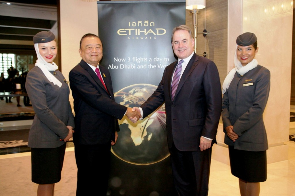 Etihad Airways President and Chief Executive Officer, Mr James Hogan, with the Chief Executive of Bangkok Airways, Dr Prasert Prasarttong-Osoth.