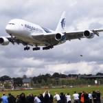 Farnborough Airshow 2012 Airbus A380 landing