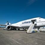 Final pre-flight checks for Lufthansa 747-8 Intercontinental