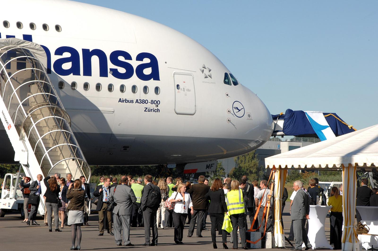Lufthansa names Airbus A380 after Zurich