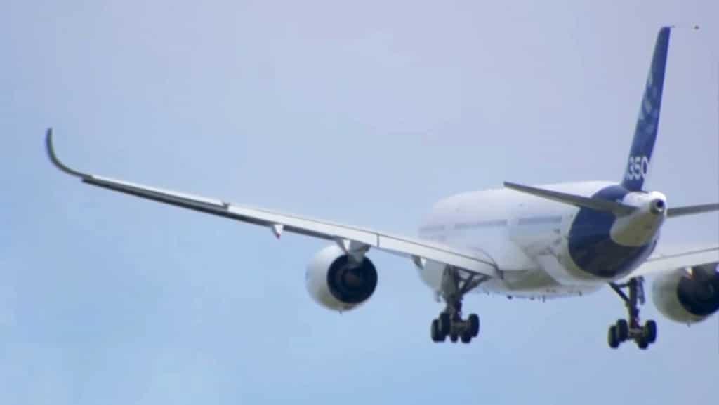 The A350 XWB climbs on its first flight
