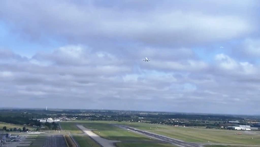 The A350 XWB climbs above Tolouse