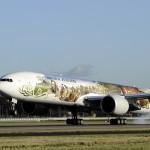 The Air New Zealand Hobbit Boeing 777 landing